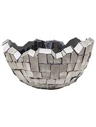 Кашпо из стали и металла
