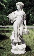 Пьедесталы, статуи, украшения