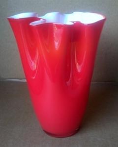 Ваза стеклянная D28 H40 см красная